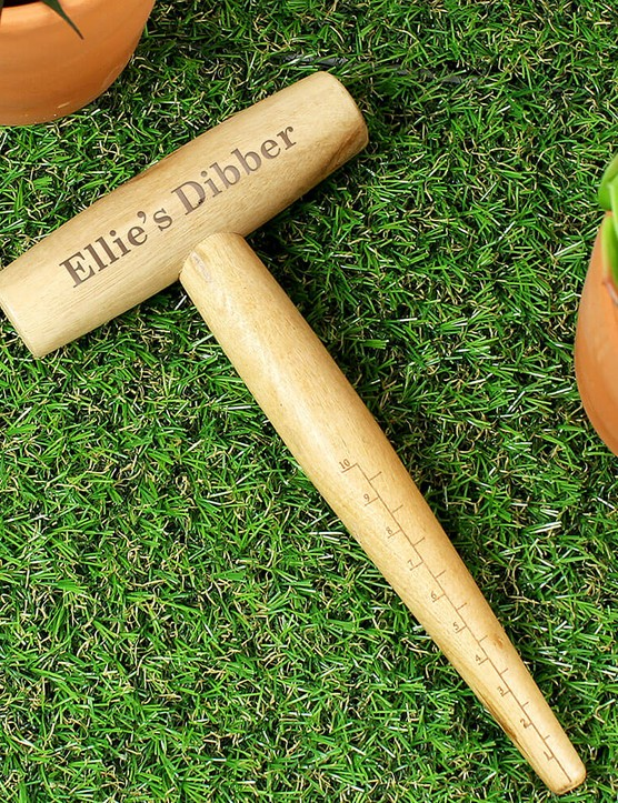 Personalised wooden dibber