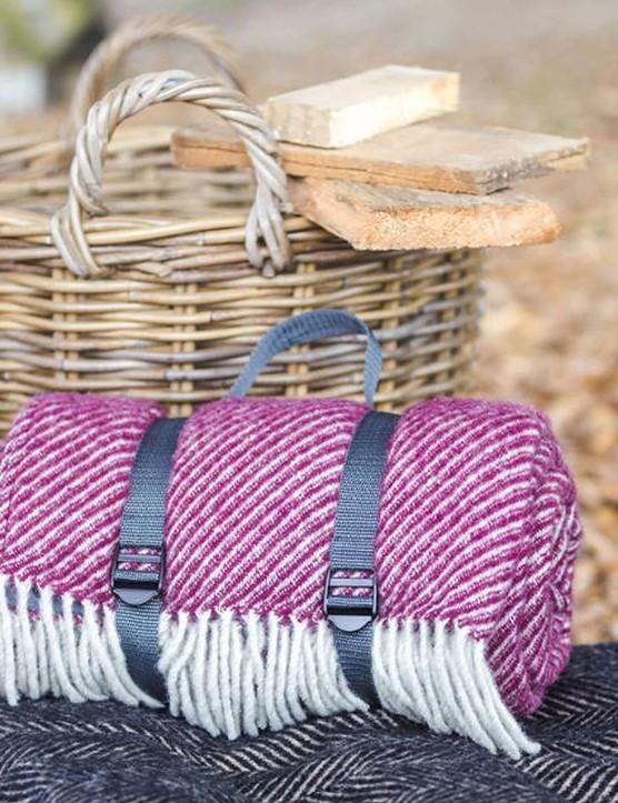 Picnic basket and blanket