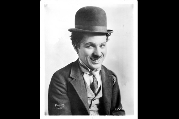 The kidnapping of Charlie Chaplin's coffin © Alamy