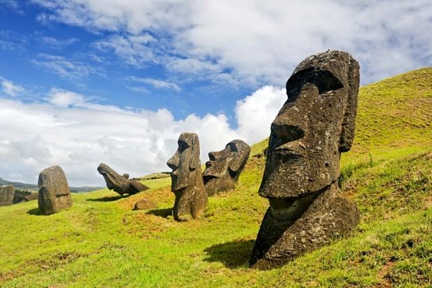 Easter-Island-2_0-e0a8017
