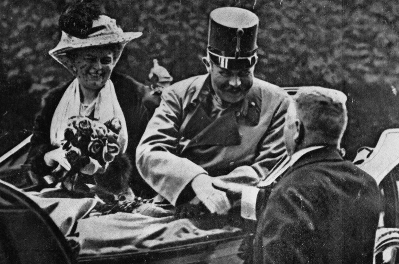 Franz Ferdinand, archduke of Austria, and his wife Sophie riding in an open carriage at Sarajevo shortly before their assassination.   (Photo by Henry Guttmann/Getty Images)