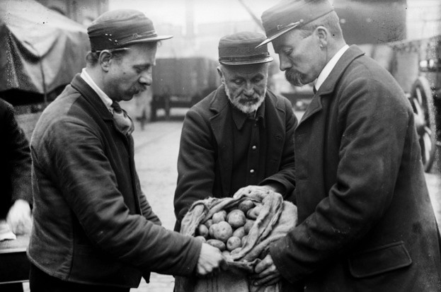 When did the potato catch on in Europe? © Getty Images