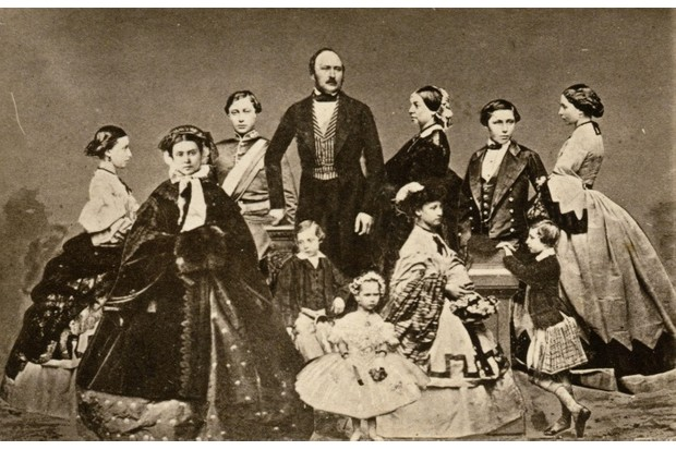 Albert and Victoria with their nine children © Alamy