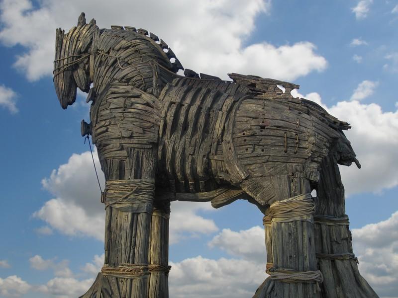 Trojan-Horse_0-17c1e40