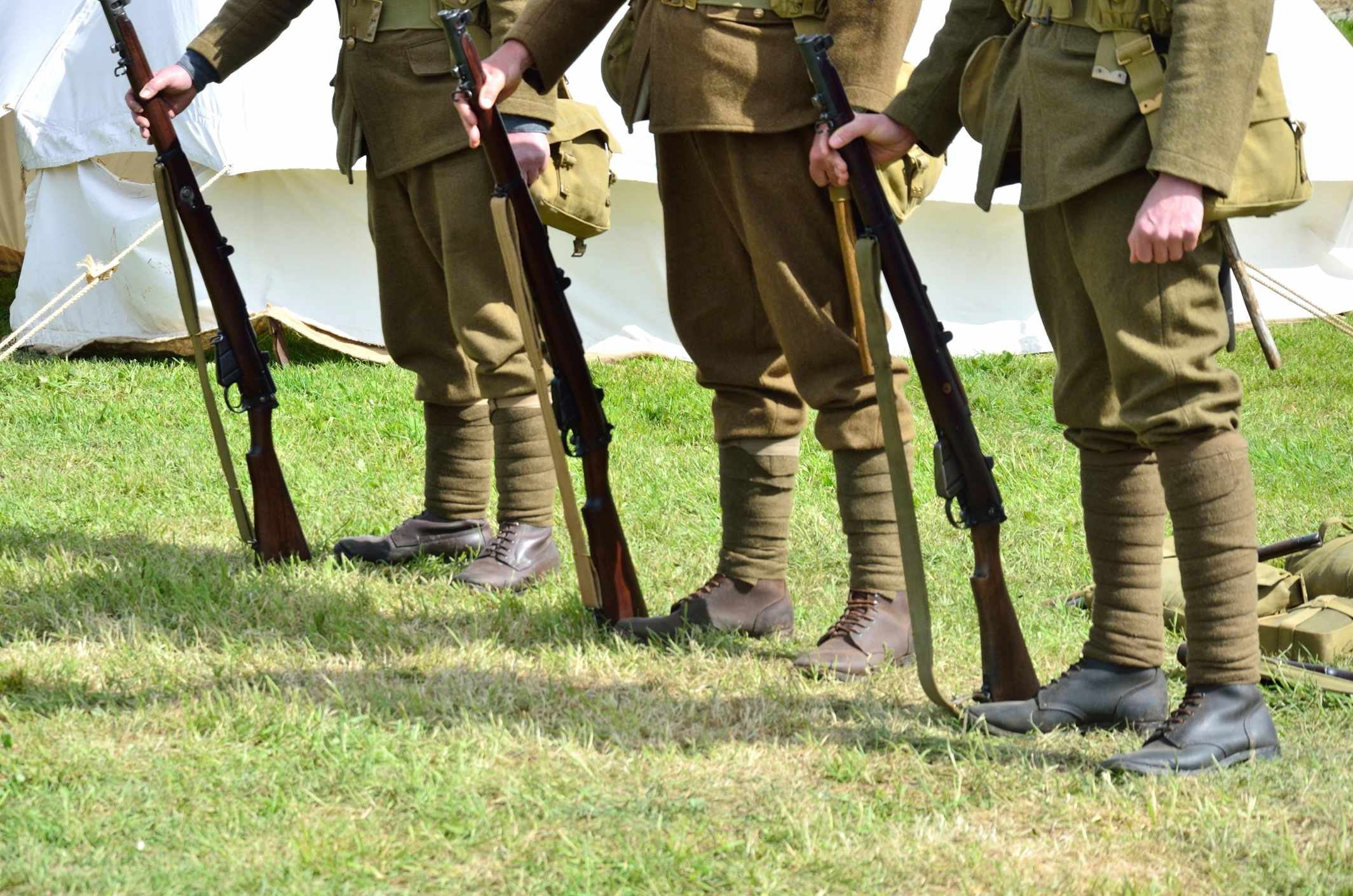 Standing soldiers