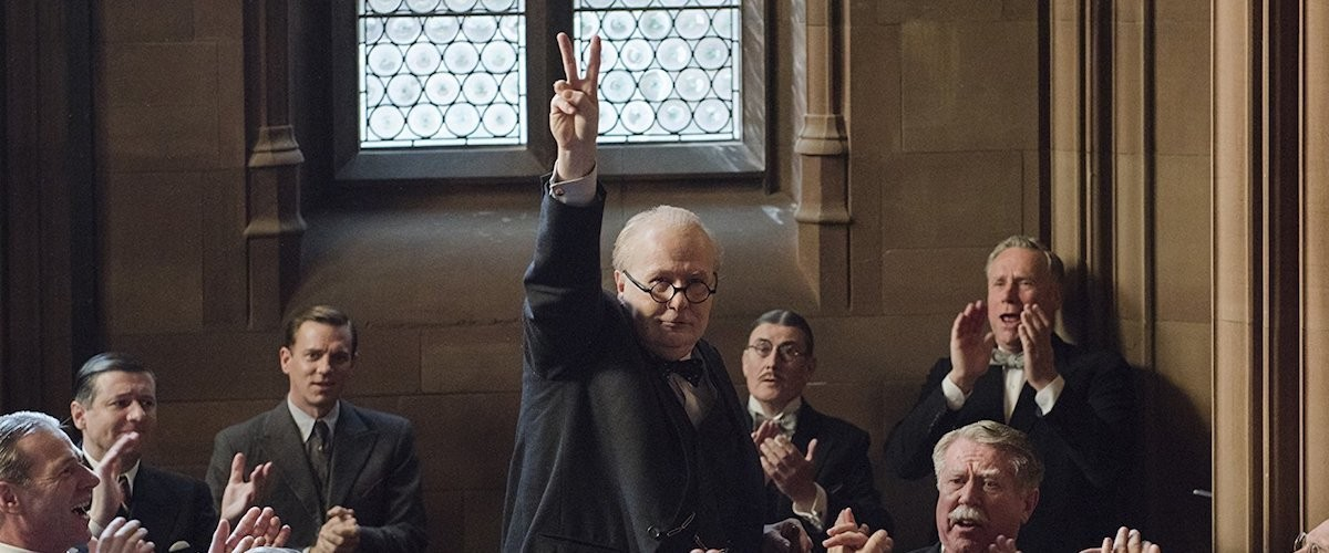 Interview with Darkest Hour director Joe Wright © Universal Pictures