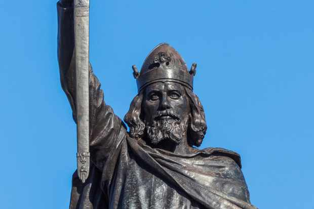 Statue of King Alfred, Winchester. © Getty