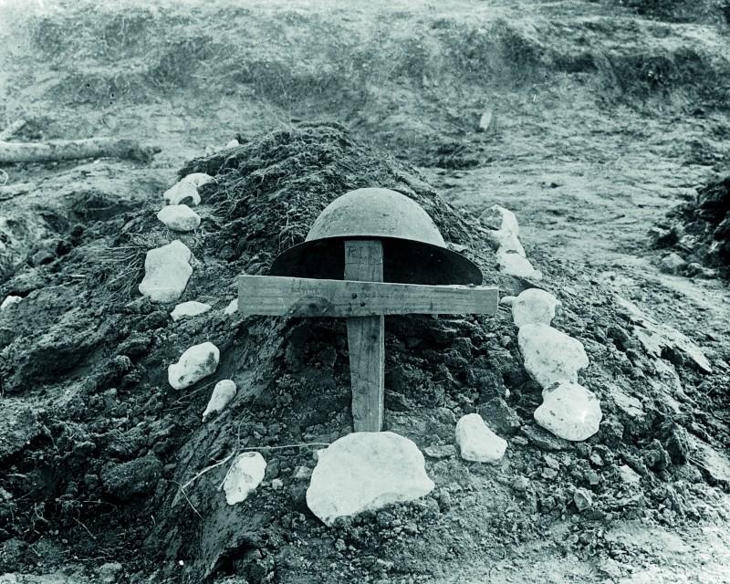 WWI grave at the front – Armistice