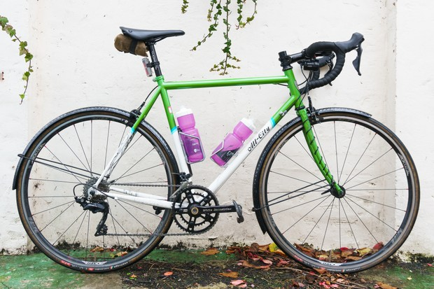 All-City Mr Pink with Velo Orange mudguards