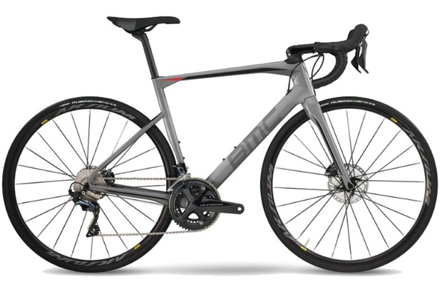 Image of the BMC Roadmachine 02 2019 road bike on a white background