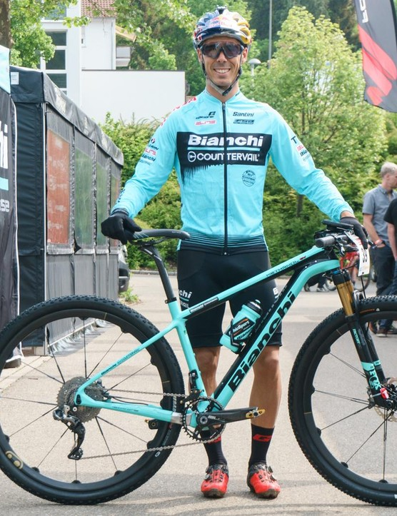 Marco Fontana talked us through how he had set up his Bianchi Methanol for the inagural short track race