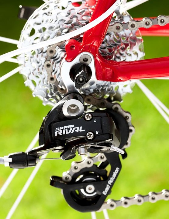 SRAM Rival has positive clunky action to shift throught its 10 speeds