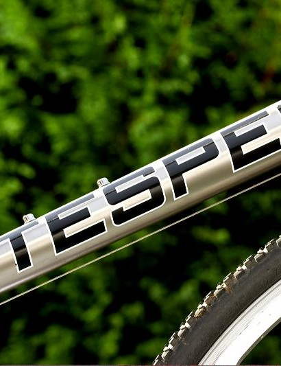 Litespeed's US factory is again showing off its titanium tube forming prowess, as all the tubes change shape along their length except for the seat-tube.