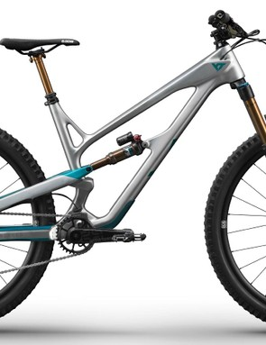 Top-level YT Jeffsy CF Pro Race comes with all the kit!
