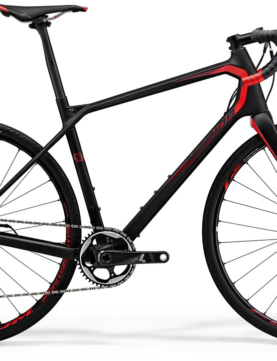 With a long reach, tall stack and slackened out head tube, the new Merida Silex represents a new direction in gravel bike geometry