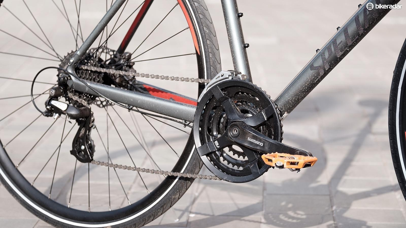 An external drivetrain with a front and rear derailleur