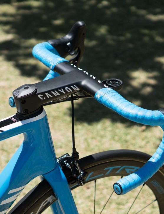 The bike uses Canyon's one-piece H31 Aerocockpit