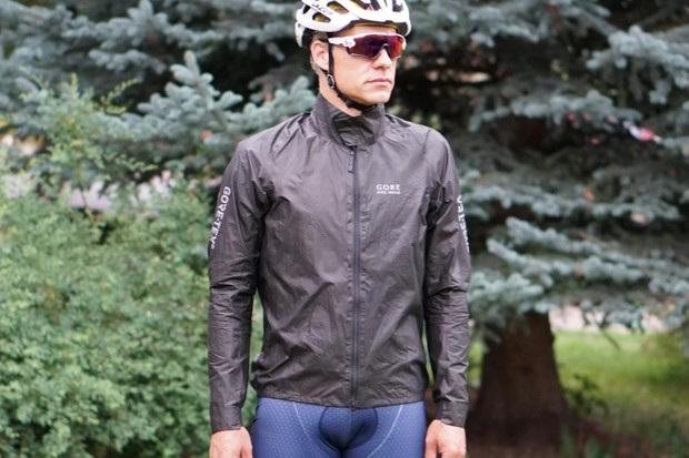 Gore's ShakeDry jackets are a go-to for many in BikeRadar's test team