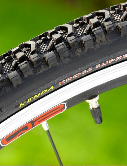 The extra chunky 37mm wide Kenda Cross tyres don't dampen the steering accuracy when nipping round trees or dodging rocks on steep, lumpy descents under heavy braking.
