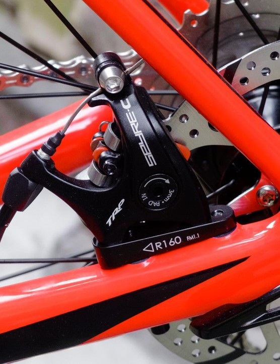 We'd normally expect to see hydraulic disc brakes on a bike of this price, but can forgive mechanical in this case