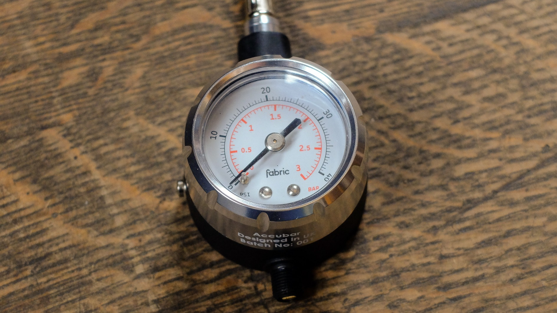 The gauge is built around super-high-quality internals