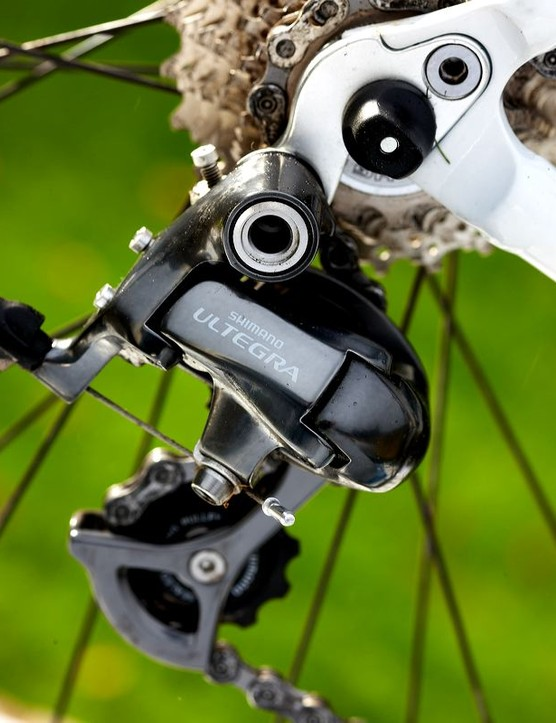 Full Ultegra SL,including the chainset, works as well as ever – excellently.