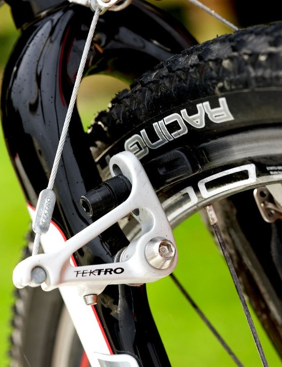 Mares Expert is equipped with suitably effective brakes.