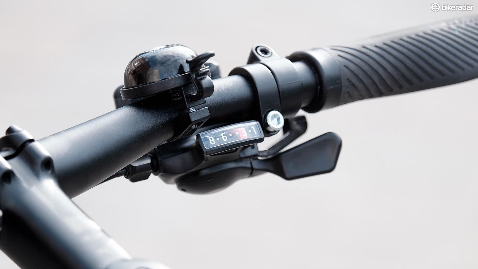 Trigger shifters on a Specialized Sirrus commuter bike