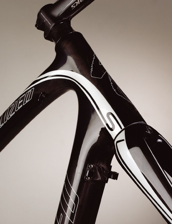 The Roubaix head tube tapers from 1 1/8in to 1 3/8in