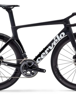 The range-topping Dura Ace Di2 S5 dome in stealthy black, complete with all-black Enve wheels