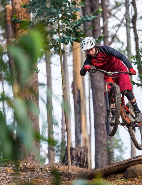 The Jeffsy CF Pro is no slouch and feels just at home being launched and popped through tricky sections of trail