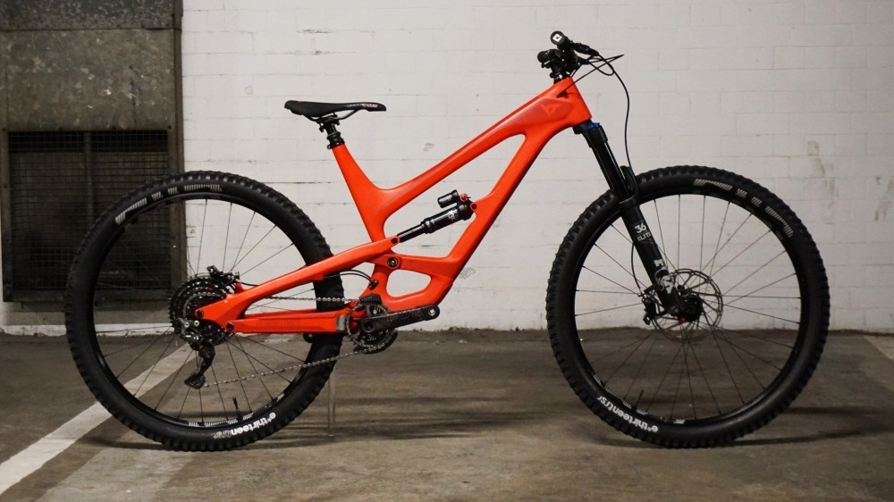 Ta-dah! Here's the 29er version of the Capra!