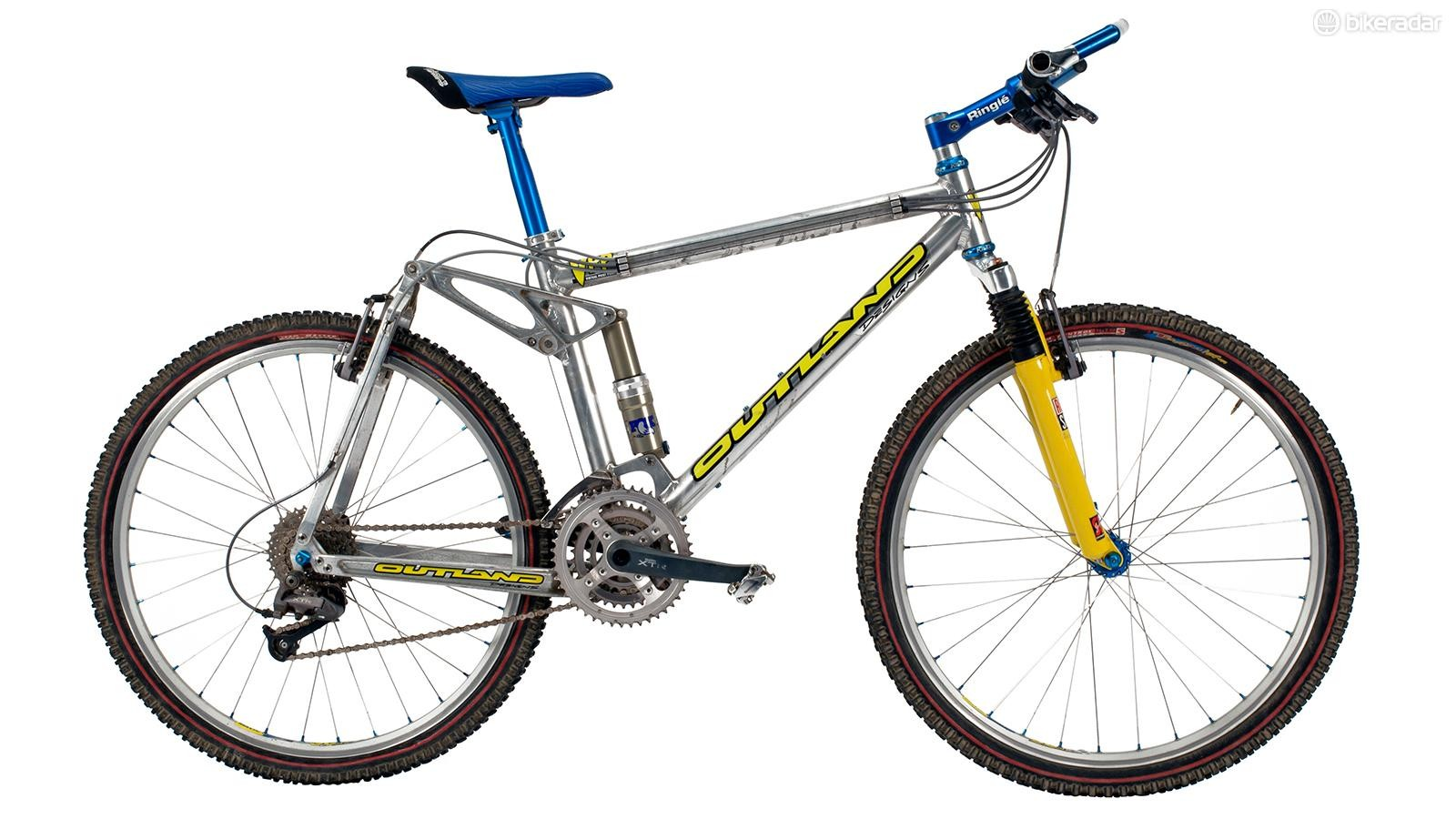 This mid-'90s full suspension was a decade ahead of its time. Santa Cruz would buy the rights to the VPP suspension design in 1999 and employ it to great success across its mountain bike line
