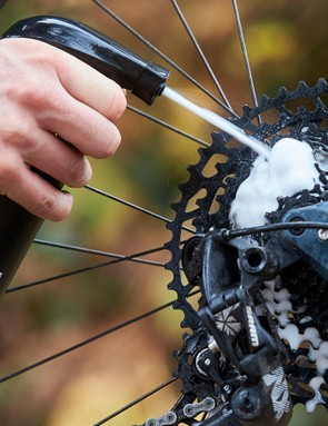 Peaty's drivetrain degreaser makes a thick foam to coat your chain, which should help to remove the grime