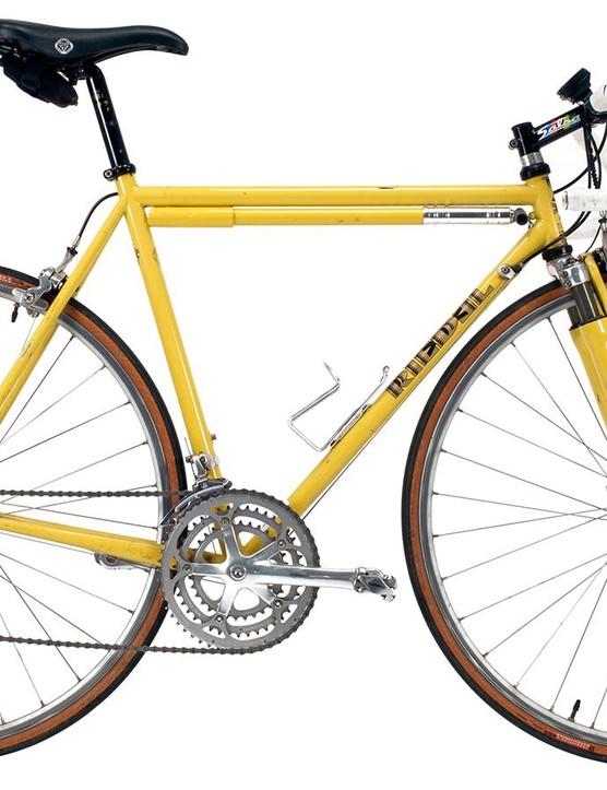 If you think gravel and endurance road bikes are something new, think again. This rare '90s Riedel has a suspension fork and 3x8-speed Campy drivetrain