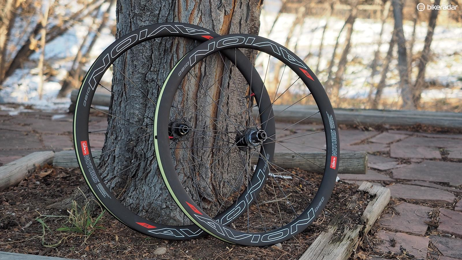 The Stan's NoTubes Avion Disc Pro may be the company's first aero carbon road offering but its performance and design rival offerings from companies with far more experience