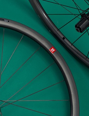 3T's Discus C35 Team Stealth wheelset is aptly named — it makes its case quietly but very effectively out on the road