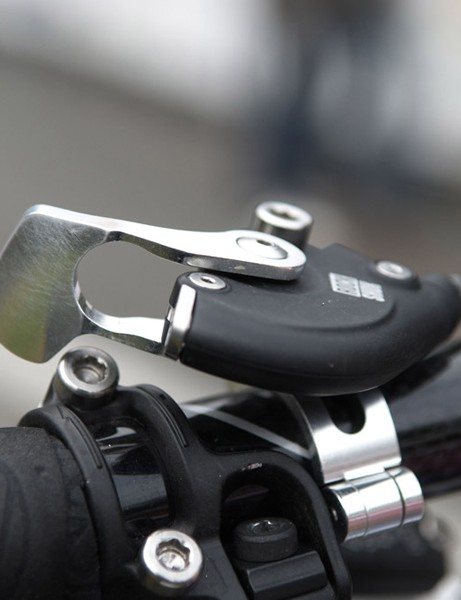 A side-oriented PushLoc remote controls the lockout function of Irmiger's new RockShox SID.