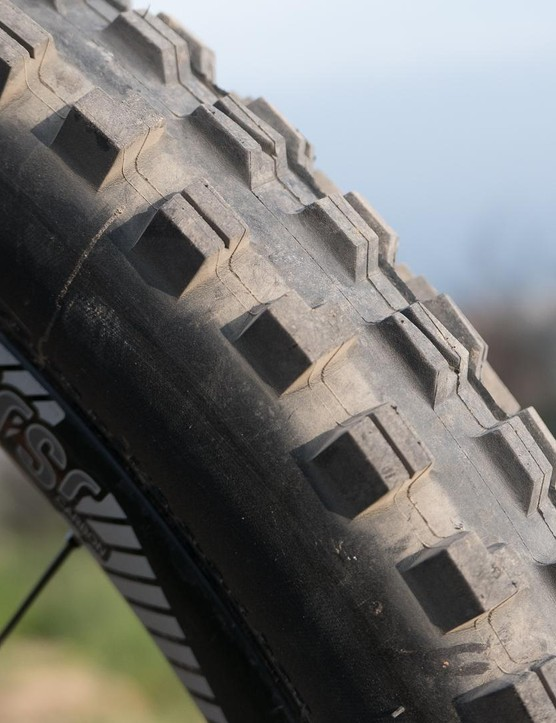 """2.5"""" Maxxis Minion DHF tyres handle cornering duties up front… for now, at least"""