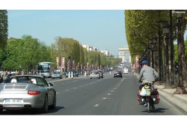 Cruising in Paris