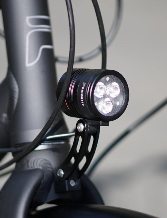 A dynamo front light means you never have to think about charging or replacing batteries.