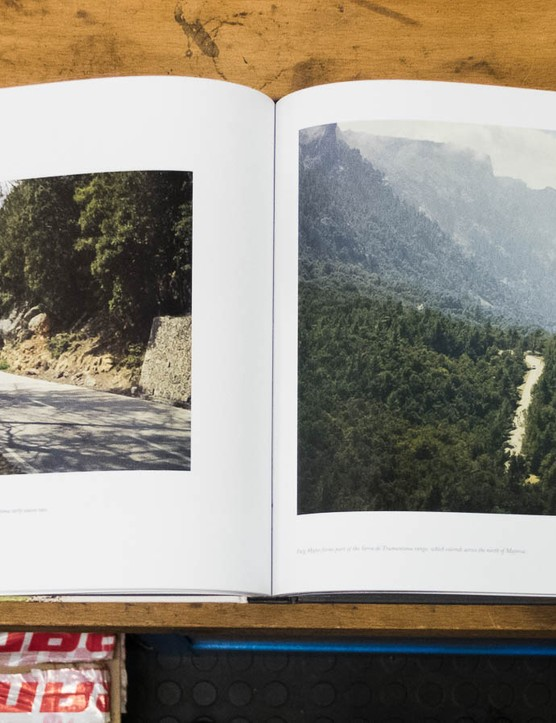 It focuses on European climbs and combines some you know (like Mont Ventoux) with some you don't (like Lagos de Covadonga)