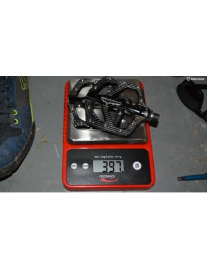 Canfield Crampon Mountain pedals weigh 397g/pair on my scale. Three grams lighter than advertised, unlikely I knicked three grams of metal off them?