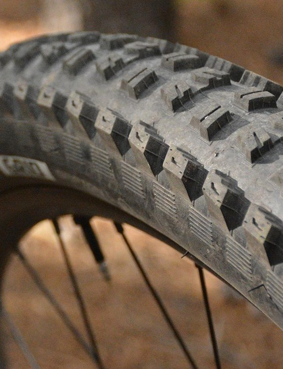 Specialized does well with tires, a 29 x 2.6in Butcher Grid is on the front