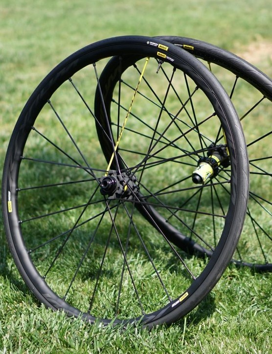 Mavic's new tubeless system features tires that go on without levers and mount without an air compressor