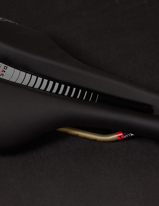 Prologo's Nago Evo Space is a unisex saddle that can be used for road and mountain bikes