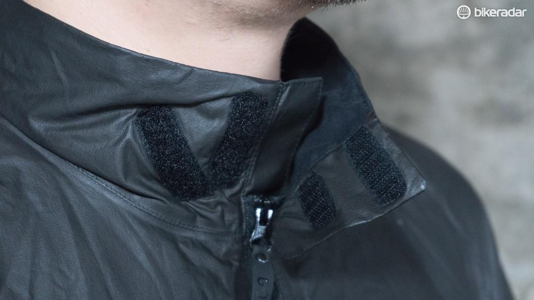 The Velcro collar provides a precise and snug fit