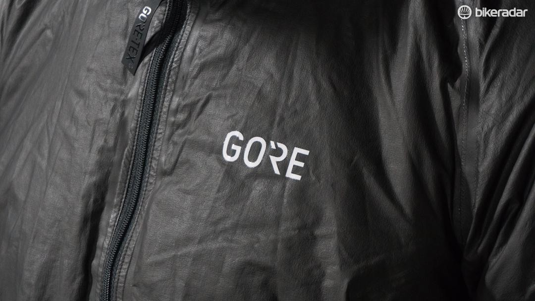 The outer layer is formed of Gore-Tex Active membrane for 100% waterproofing