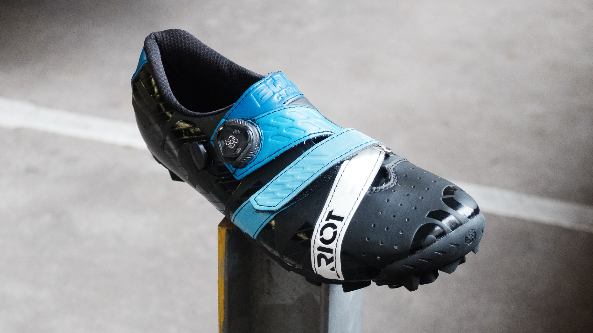 Bont's Riot MTB shoes are one of the cheapest heat-mouldable options out there