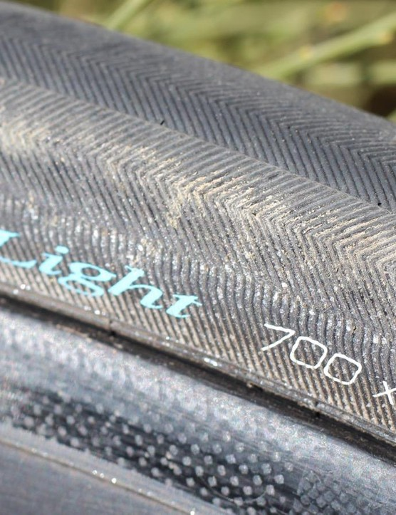 IRC's Road Tubeless Light 28 features bead-to-bead tread to protect the sidewall
